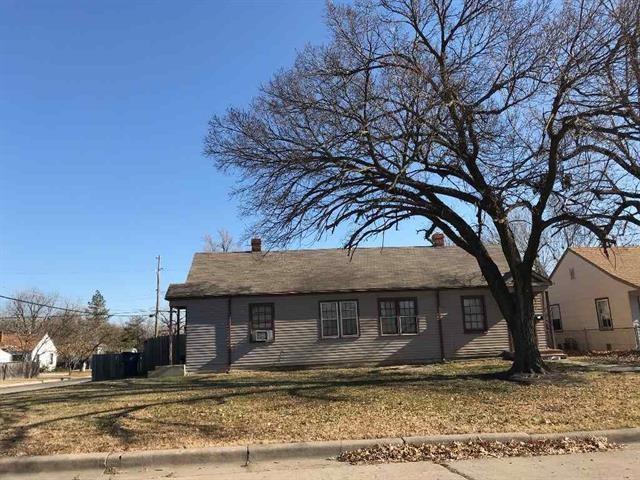846 N Glendale 4901 E 8th St, Wichita, KS 67208 (MLS #544893) :: Select Homes - Team Real Estate