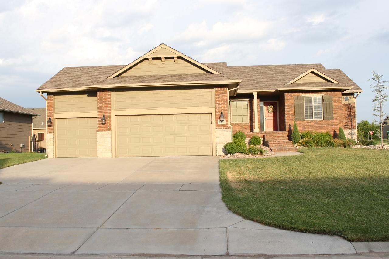 3202 N Chambers, Wichita, KS 67205 (MLS #545876) :: Better Homes and Gardens Real Estate Alliance
