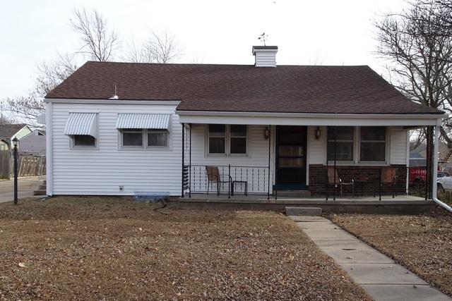 1411 W Cave Springs Ave, El Dorado, KS 67042 (MLS #545943) :: Glaves Realty