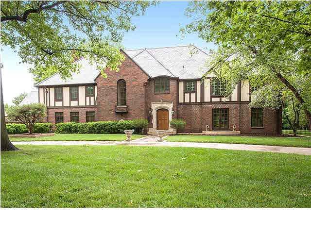 360 N Terrace Dr, Wichita, KS 67208 (MLS #545979) :: Wichita Real Estate Connection