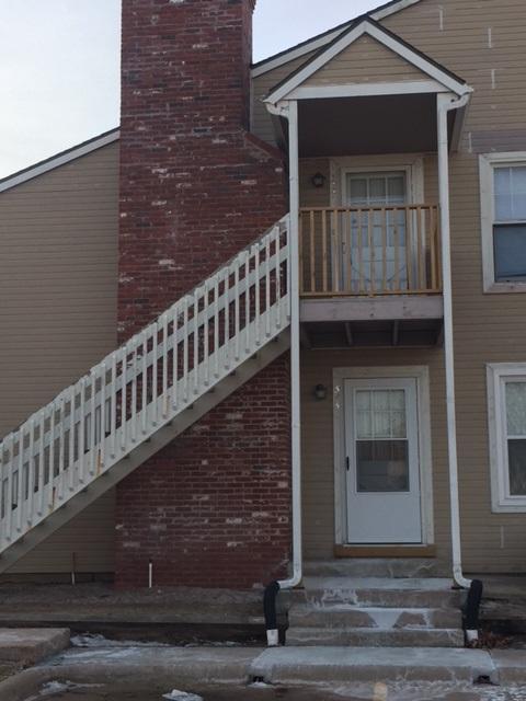 1717 S Cypress St Unit #323, Wichita, KS 67207 (MLS #546172) :: Glaves Realty