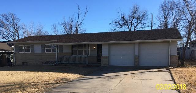 5829 E Kenawee, Bel Aire, KS 67226 (MLS #546947) :: Better Homes and Gardens Real Estate Alliance