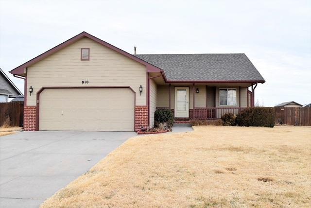810 E Peach Ave, Haysville, KS 67060 (MLS #547140) :: Better Homes and Gardens Real Estate Alliance