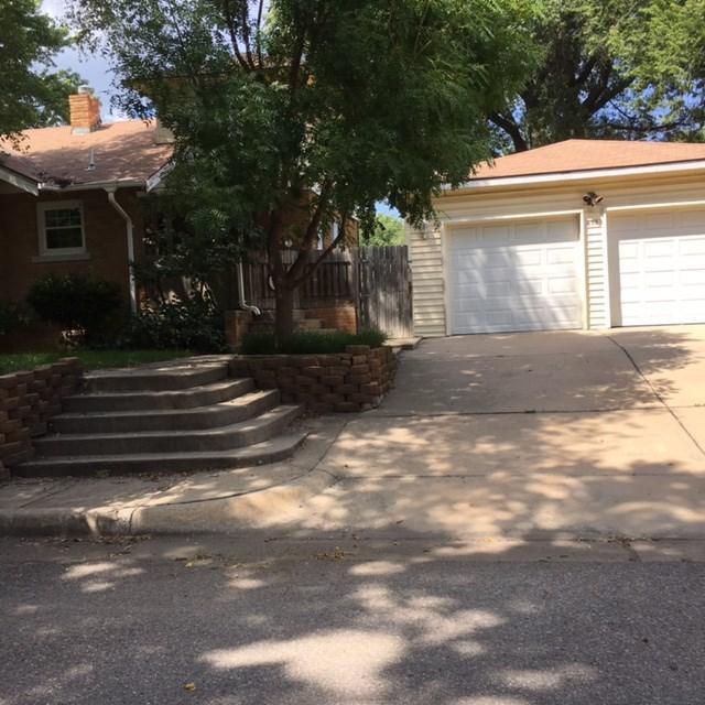 658 S Broadview Ave, Wichita, KS 67218 (MLS #547342) :: On The Move