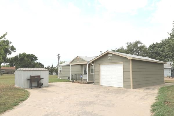 1577 E 119TH, Mulvane, KS 67110 (MLS #547855) :: On The Move