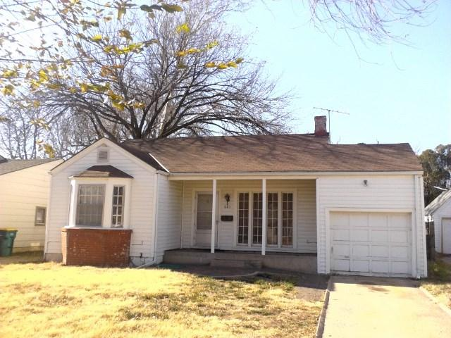 641 S Belmont St, Wichita, KS 67218 (MLS #547929) :: On The Move