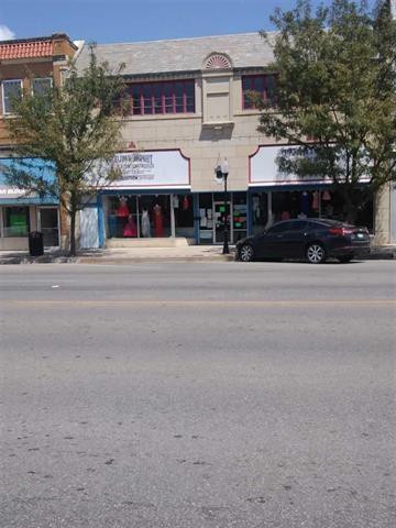 202 S Summit, Arkansas City, KS 67005 (MLS #548161) :: Better Homes and Gardens Real Estate Alliance