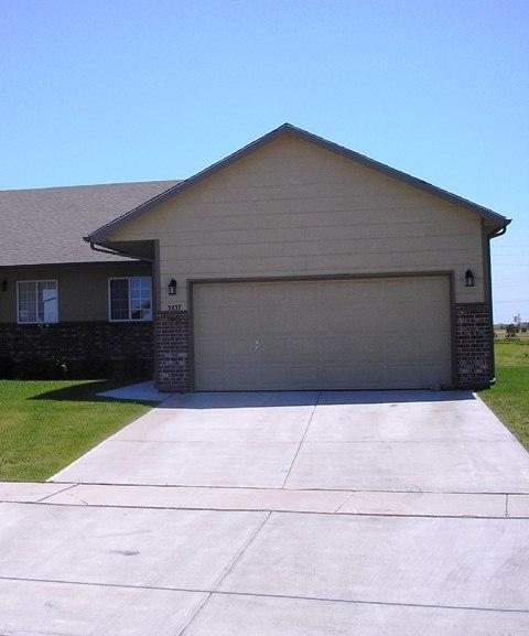 3837 N Pepper Ridge St, Wichita, KS 67205 (MLS #548238) :: ClickOnHomes | Keller Williams Signature Partners