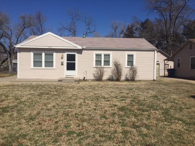 1006 W Davis Dr., Wichita, KS 67217 (MLS #548459) :: Better Homes and Gardens Real Estate Alliance