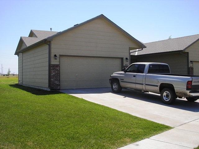 3835 N Pepper Ridge St 3837 N PEPPER R, Wichita, KS 67205 (MLS #548514) :: Select Homes - Team Real Estate