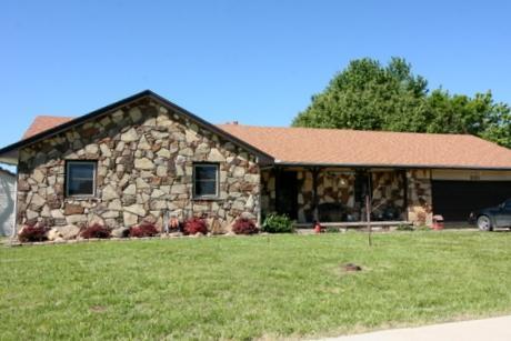 201 N Cedarwood, Rose Hill, KS 67133 (MLS #548532) :: Select Homes - Team Real Estate