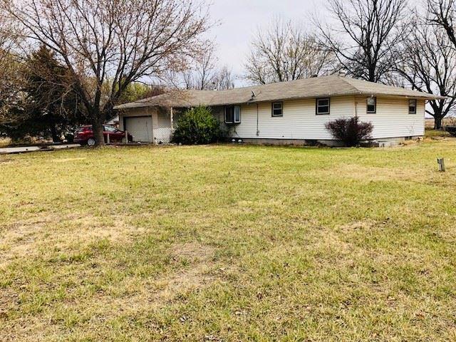 3206 S Kansas Rd, Newton, KS 67114 (MLS #549411) :: Select Homes - Team Real Estate
