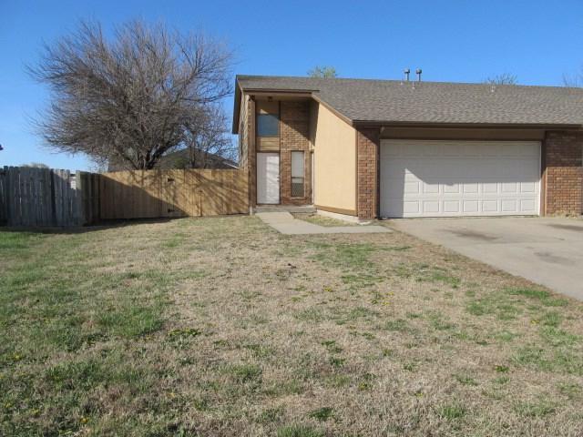 1712 S Beech Ct, Wichita, KS 67207 (MLS #549427) :: ClickOnHomes | Keller Williams Signature Partners