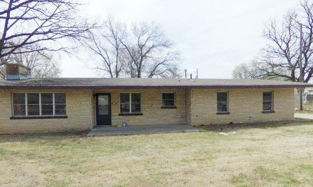 207 W 2nd St., Udall, KS 67146 (MLS #549654) :: Select Homes - Team Real Estate