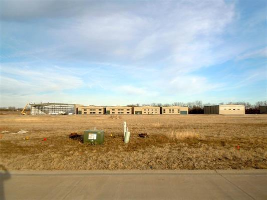 1460 Lloyd Stearman Dr, Benton, KS 67017 (MLS #550145) :: Glaves Realty