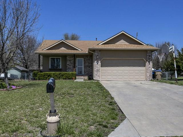 636 E School, Rose Hill, KS 67133 (MLS #550170) :: On The Move
