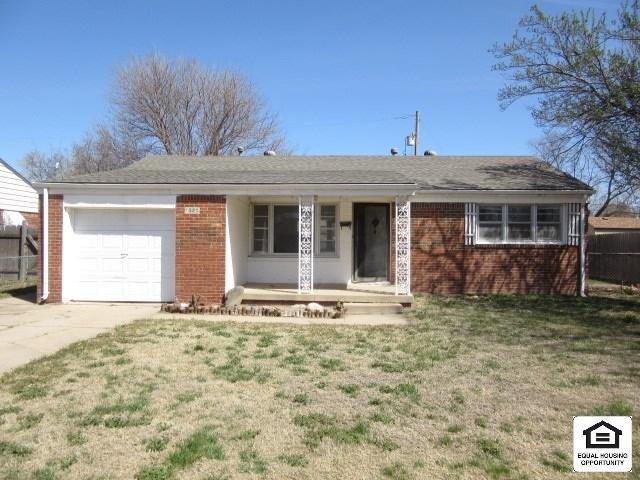 1520 E Salome St, Wichita, KS 67216 (MLS #550223) :: On The Move