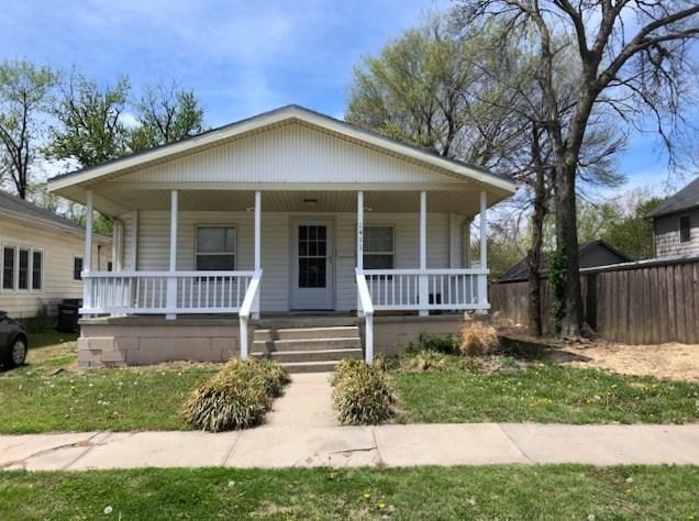 1411 Andrews St, Winfield, KS 67156 (MLS #550408) :: Better Homes and Gardens Real Estate Alliance