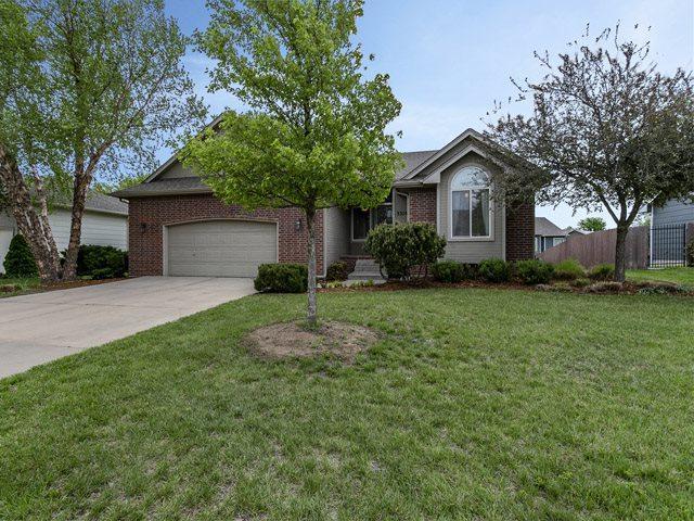 3310 N Forest Ridge, Wichita, KS 67205 (MLS #551078) :: Select Homes - Team Real Estate