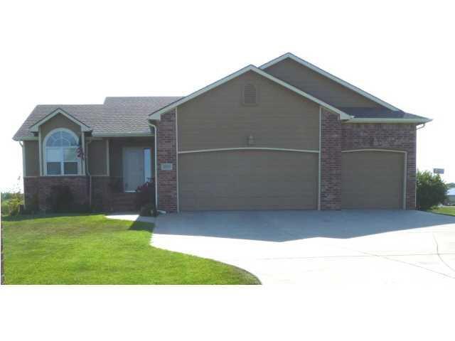 3923 Quail Ridge Dr, Winfield, KS 67156 (MLS #551191) :: Select Homes - Team Real Estate