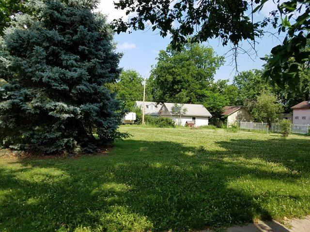 1306 Loomis, Winfield, KS 67156 (MLS #552022) :: Better Homes and Gardens Real Estate Alliance