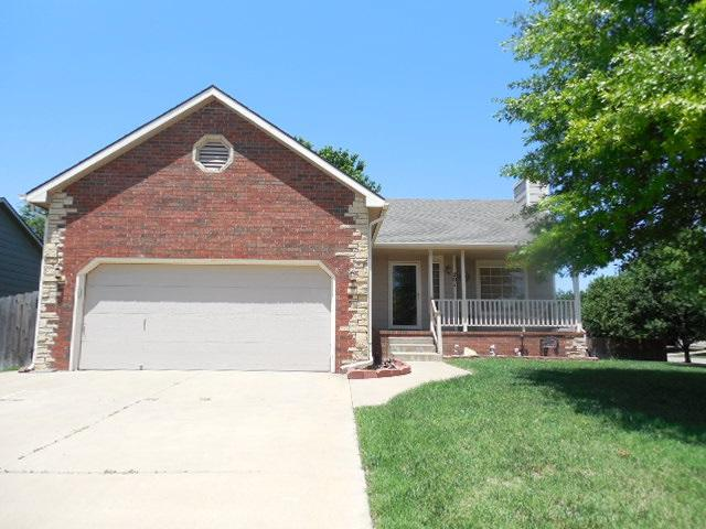 201 N Willow Creek St, Derby, KS 67037 (MLS #552258) :: Select Homes - Team Real Estate