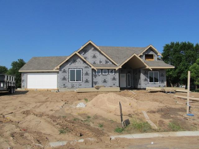 1018 N Liberty Cir, Wichita, KS 67235 (MLS #552479) :: On The Move