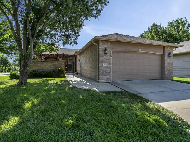 271 S Byron Ct, Wichita, KS 67209 (MLS #552818) :: On The Move