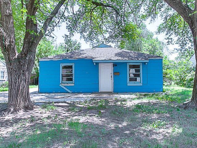 2136 S Madison Ave, Wichita, KS 67211 (MLS #552933) :: Select Homes - Team Real Estate