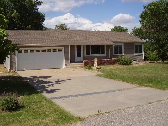 2048 Arrowhead Rd., Moundridge, KS 67107 (MLS #553239) :: Better Homes and Gardens Real Estate Alliance