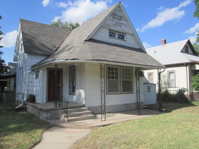 400 E 9th St., Newton, KS 67114 (MLS #553650) :: Better Homes and Gardens Real Estate Alliance