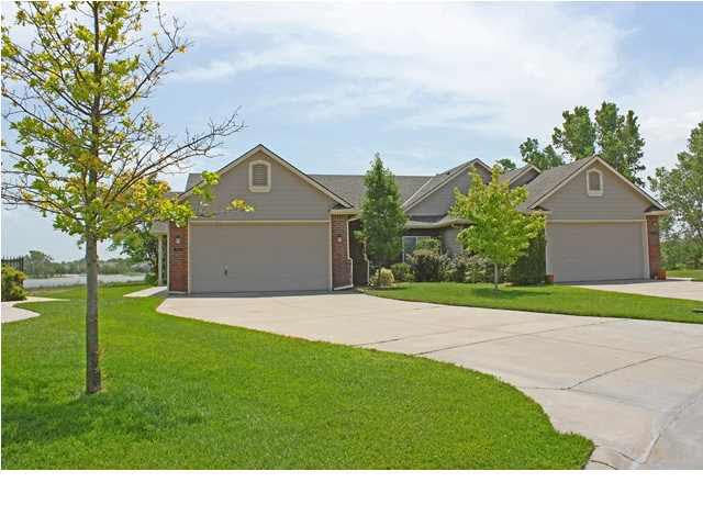 3128 N Westwind Bay, Wichita, CO 67205 (MLS #554671) :: Better Homes and Gardens Real Estate Alliance