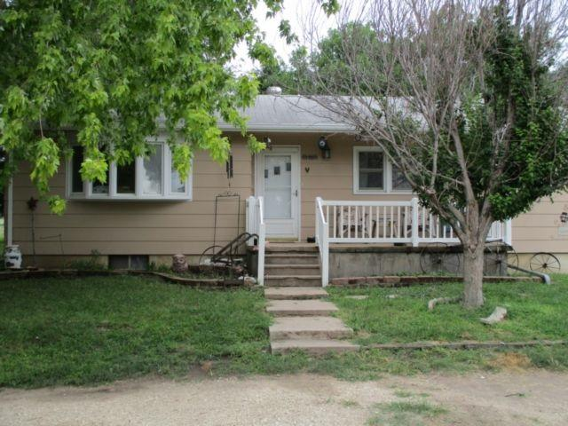 426 170th, Hillsboro, KS 67063 (MLS #555084) :: On The Move