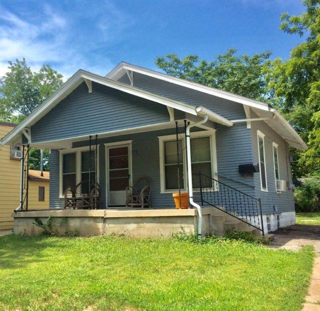 719 S Broadview, Wichita, KS 67218 (MLS #555343) :: On The Move