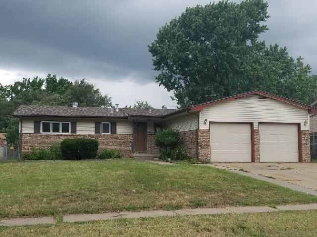 807 N Florence St, Wichita, KS 67212 (MLS #555426) :: On The Move