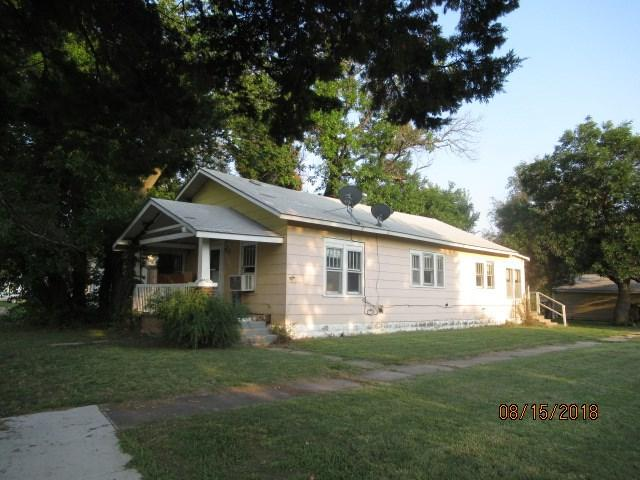 201 E Depot, Burrton, KS 67020 (MLS #555551) :: Better Homes and Gardens Real Estate Alliance