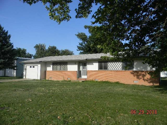 415 N Sheaffer, Macksville, KS 67557 (MLS #555667) :: Better Homes and Gardens Real Estate Alliance