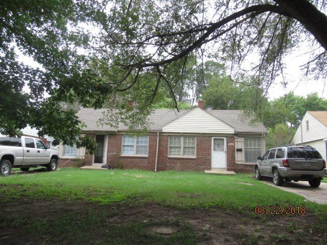 2638 E Grail 2640 E Grail, Wichita, KS 67211 (MLS #555871) :: Wichita Real Estate Connection