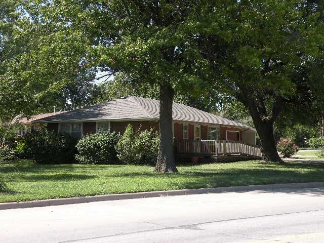101 S Jefferson St, Eureka, KS 67045 (MLS #556383) :: Select Homes - Team Real Estate