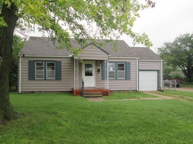 1325 Henry St., Augusta, KS 67010 (MLS #557164) :: Select Homes - Team Real Estate