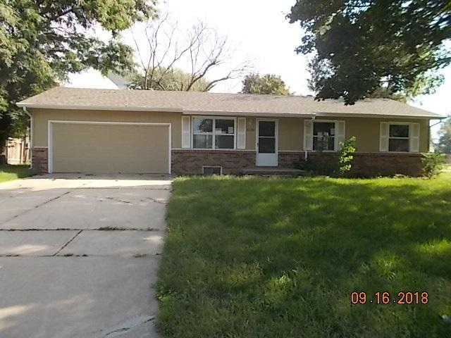 6330 N Tarrytown, Park City, KS 67219 (MLS #557423) :: Select Homes - Team Real Estate