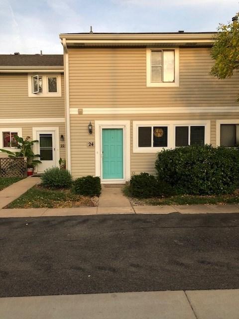 24 E Chisholm Creek Dr, Wichita, KS 67220 (MLS #557766) :: Wichita Real Estate Connection