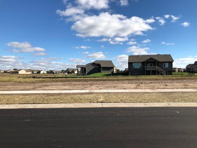 1626 N Thoroughbred St, Wichita, KS 67235 (MLS #558048) :: Pinnacle Realty Group