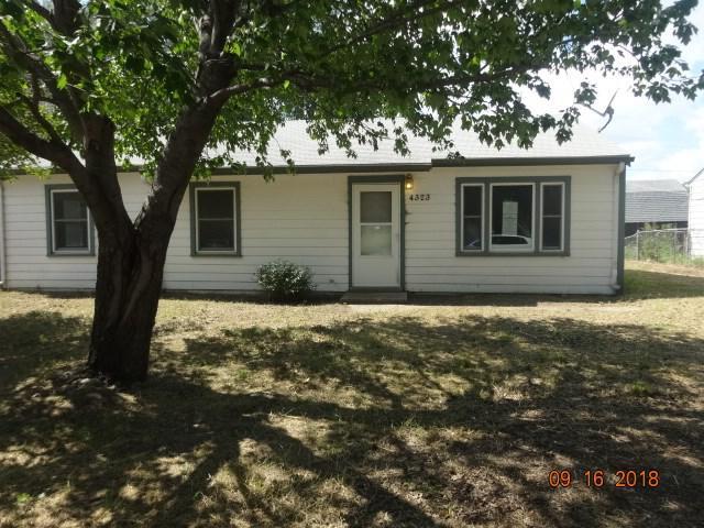 4323 Greenhaven Street 4323 S Greenhav, Wichita, KS 67216 (MLS #558727) :: On The Move