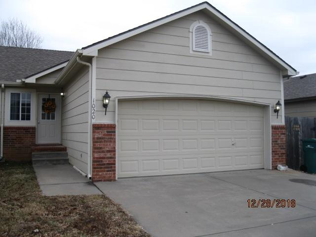 1020 Cedar Point Cir, Rose Hill, KS 67133 (MLS #560901) :: On The Move