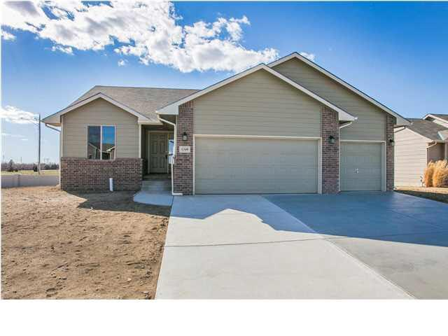 1349 N Aster, Andover, KS 67002 (MLS #562472) :: On The Move