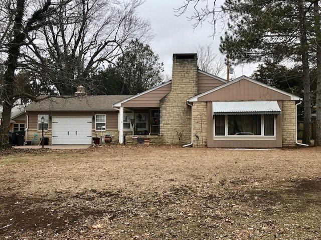 1825 N 8th Street, Arkansas City, KS 67005 (MLS #562789) :: Wichita Real Estate Connection