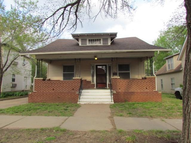 814 State, Augusta, KS 67010 (MLS #565343) :: On The Move