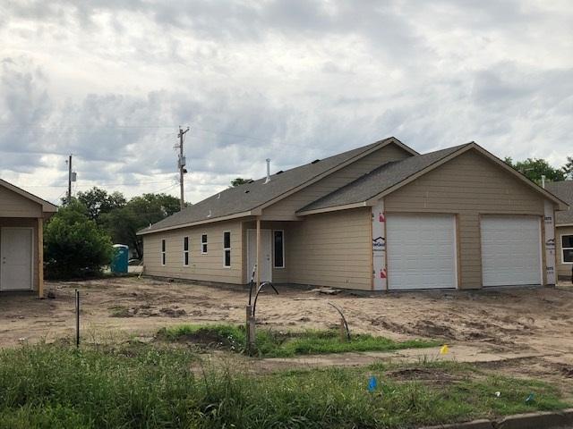 2144 N Fairview 2146 N. Fairvie, Wichita, KS 67203 (MLS #567636) :: Pinnacle Realty Group