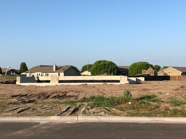 1620 N Bellick St, Wichita, KS 67235 (MLS #568632) :: Pinnacle Realty Group